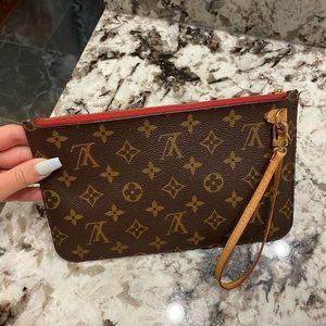 Louis Vuitton Bags - Authentic Louis Vuitton Pochette!